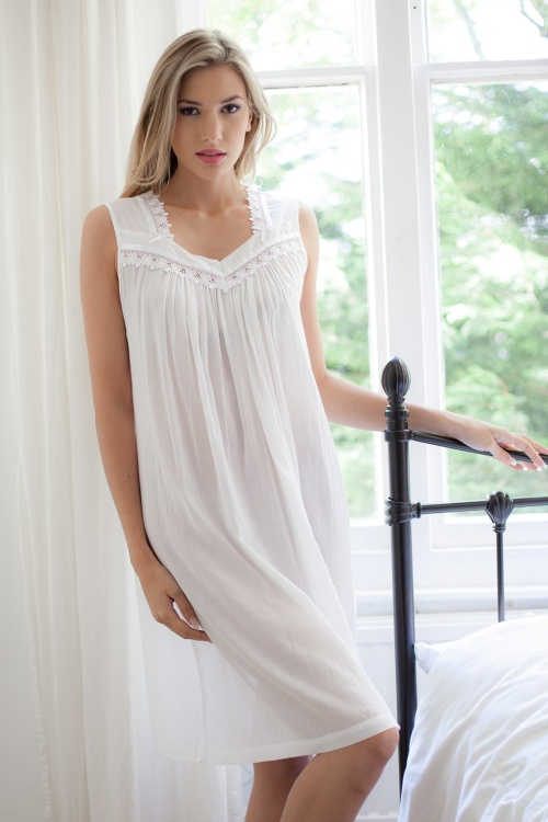 Reta 100% Cotton Batiste Sleeveless Nightdress
