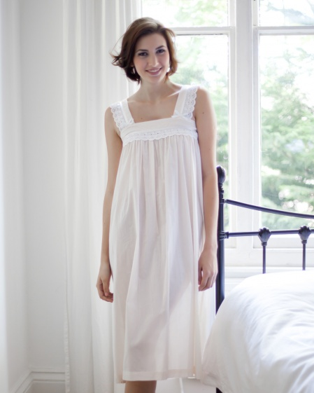 Bay Cotton Lawn Nightdress