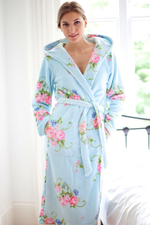 Grand Vintage Flora Grace Hooded Robe