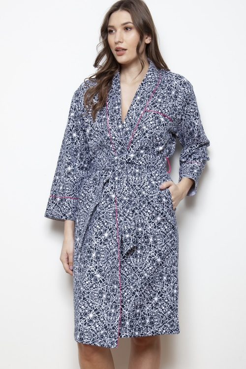 London - 1 Geo Abstract Shawl Collar Robe