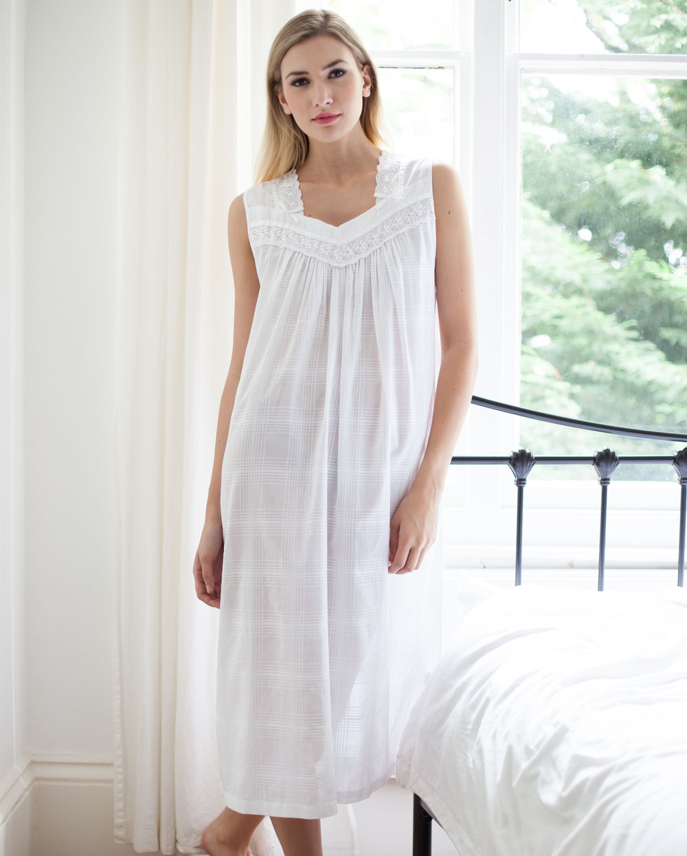 Naomi Cotton Lawn Sleevless Nightdress - Cottonreal 0bfdde90f