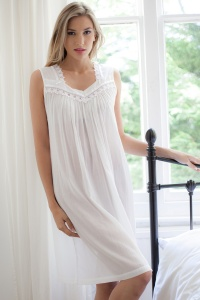 Chask 100% Cotton Batiste Sleeveless Nightdress