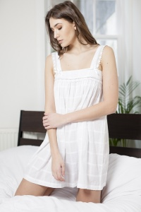Peaches Cotton Lawn Wide Strap Nightdress