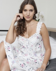Victoria English Rose Cotton Twill Nightdress